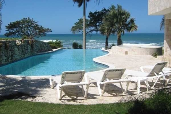 Cabarete Beachfront Villa In Luxury Residential Resort